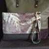 pochette dragonne velours vert vue avec sac